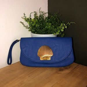 [Mud Pie] Blue Faux Leather Shell Clutch